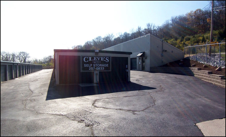 photo of cleves self store